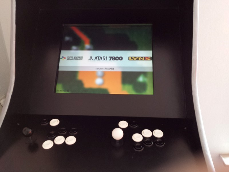 ArcadeWinkel nl | Building an arcade with Raspberry PI - Martin