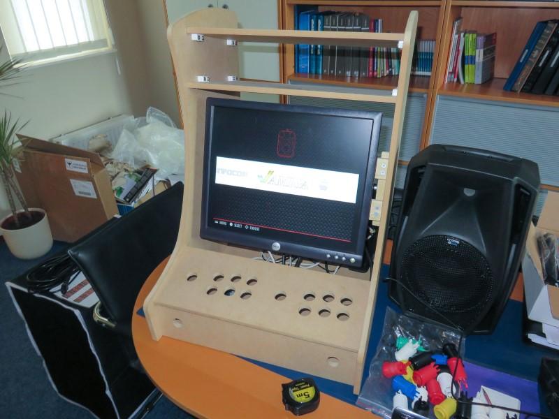 Admirable How To Build A Retropie Arcade Download Free Architecture Designs Lukepmadebymaigaardcom